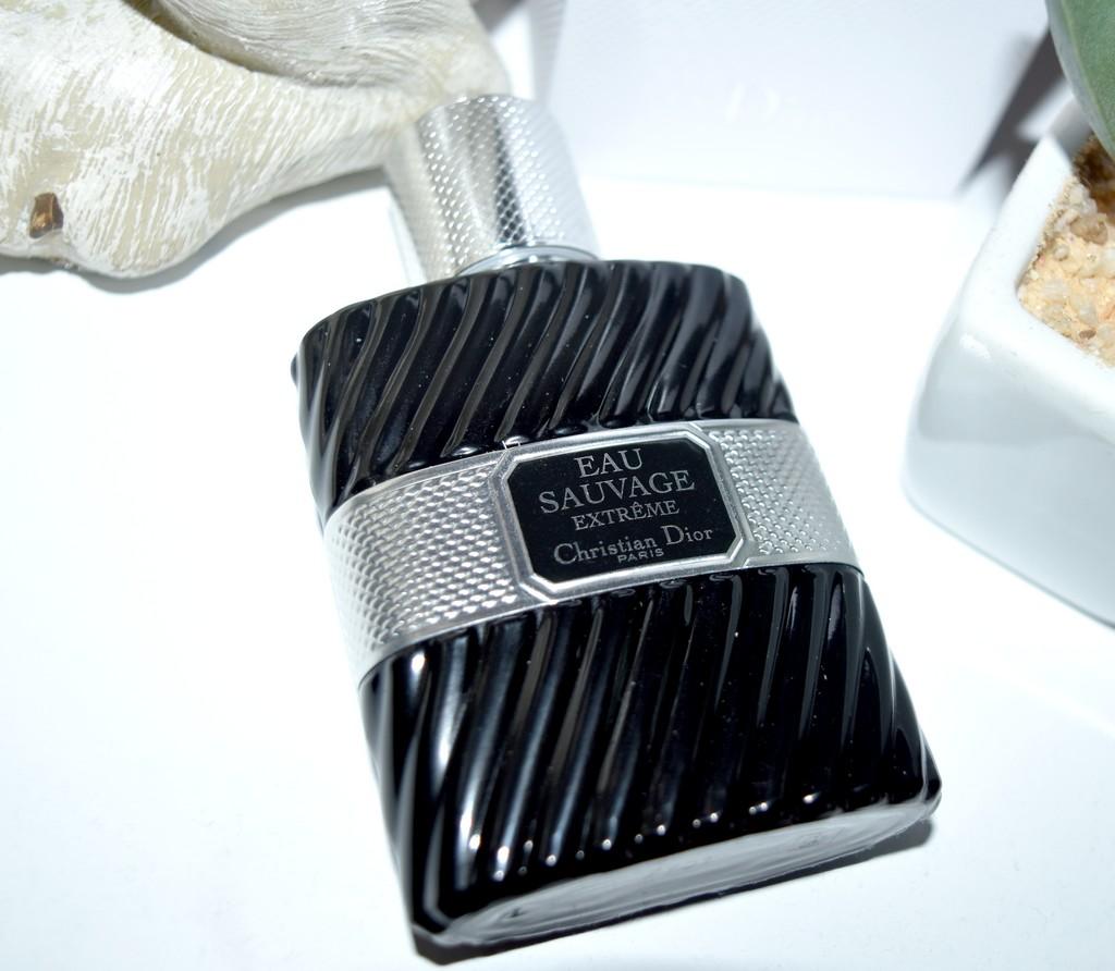 Revisité Parfumerie Classique Parfum Un Eau Homme Sauvage La De FwzvRqAx