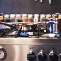 Les accessoires de cuisine que tout homme se doit de posséder