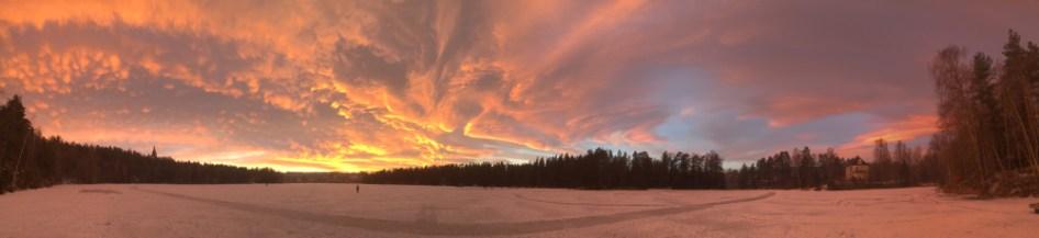 Solnedgang over isen