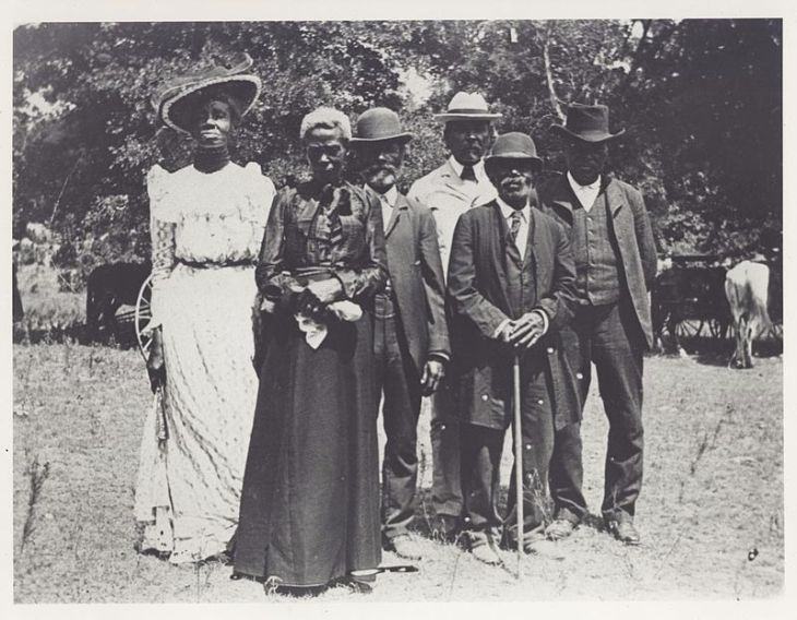 Emancipation_Day_celebration_-_1900-06-19.jpg