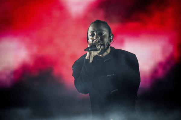 Watch Kendrick Lamar Performance at Coachella 2017 | TRUE ...