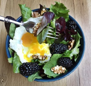 Blackberry Breakfast Salad