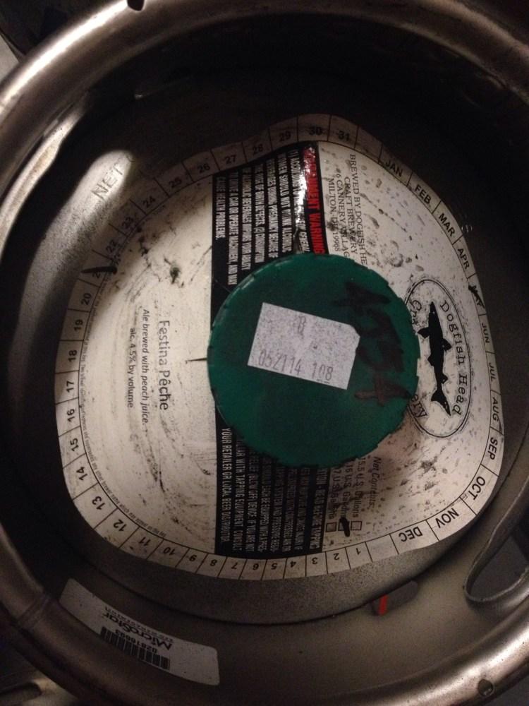 Festina Peche - Dogfish head Brewing - Bi-Weekly Beer Review Episode 12 (2/2)
