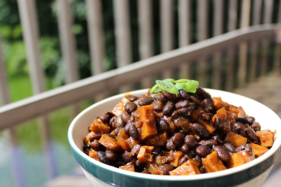 sweet and spicy stovetop beans