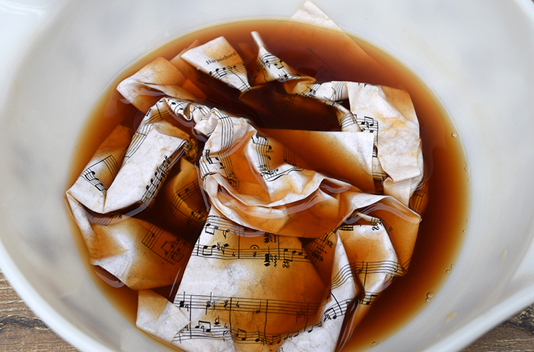 How to age paper with brewed tea
