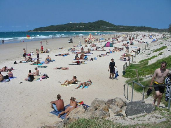 CRIME CULTURE: BYRON BAY! The truth of perfection