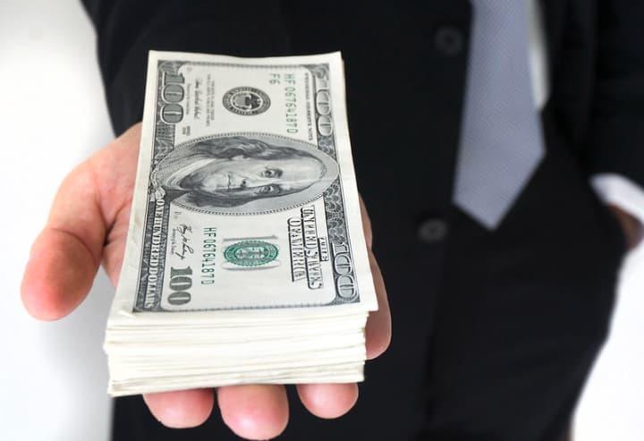 出金条件を満たすことでキャッシュとして出金可能