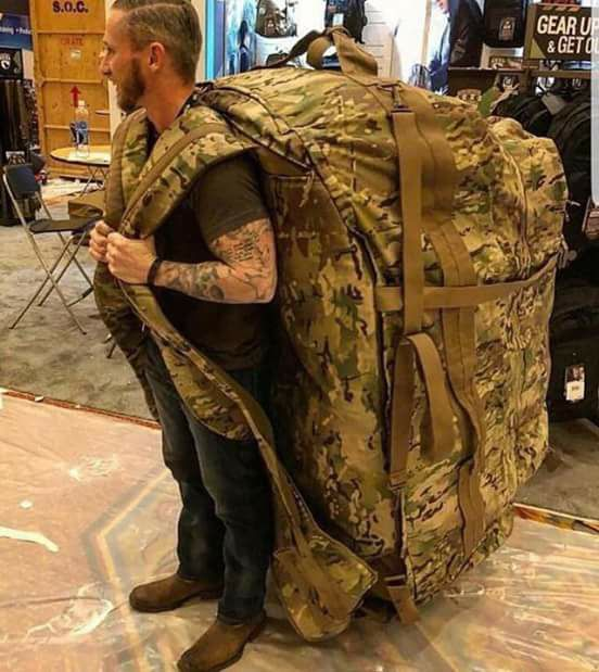 Don't worry, I'm just bringing one bag :D