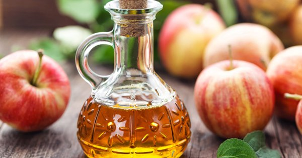7 Top Health Benefits of Apple Cider Vinegar, According To Science