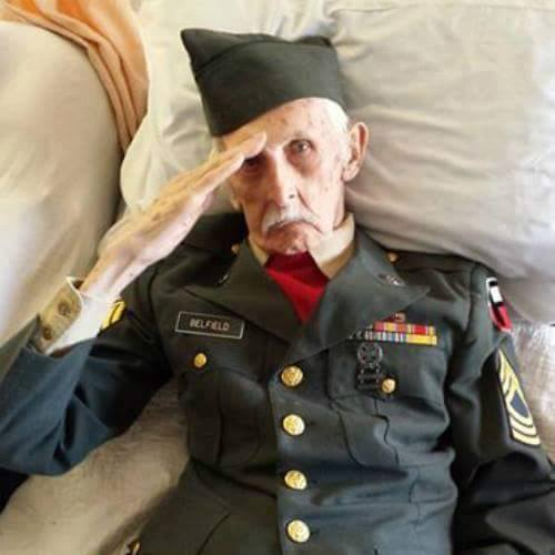 A 98-year-old WWII veteran passes away the way he wanted, with his wife by his side and dressed  ...