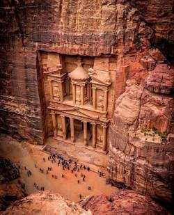 Crazy to think something so ancient and beautiful still exists in this condition  Petra, Jordan