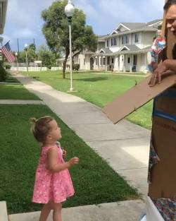 Marine dad's surprise knocks his toddler off her feet
