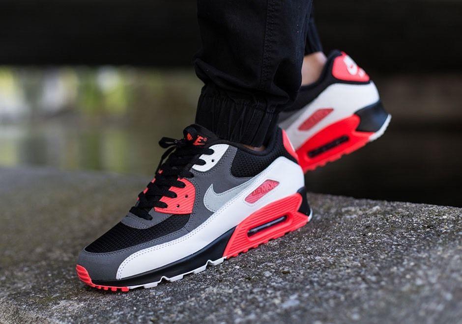 humedad Deliberadamente Empleado  Nike Air Max 90 Essential Black / Red New Men's Trainers - True Looks