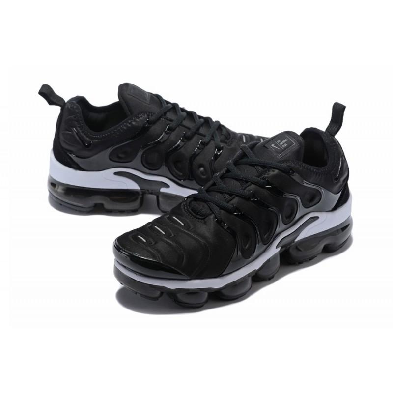 Nike Air VaporMax Plus Black White 924453,010