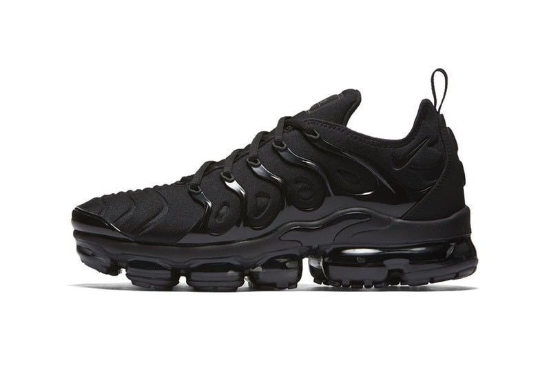 the best attitude 3f98c f8343 Nike Air VaporMax Plus All Black 924453-004