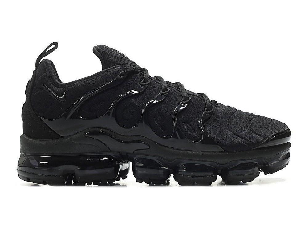 all black vapormax size 5