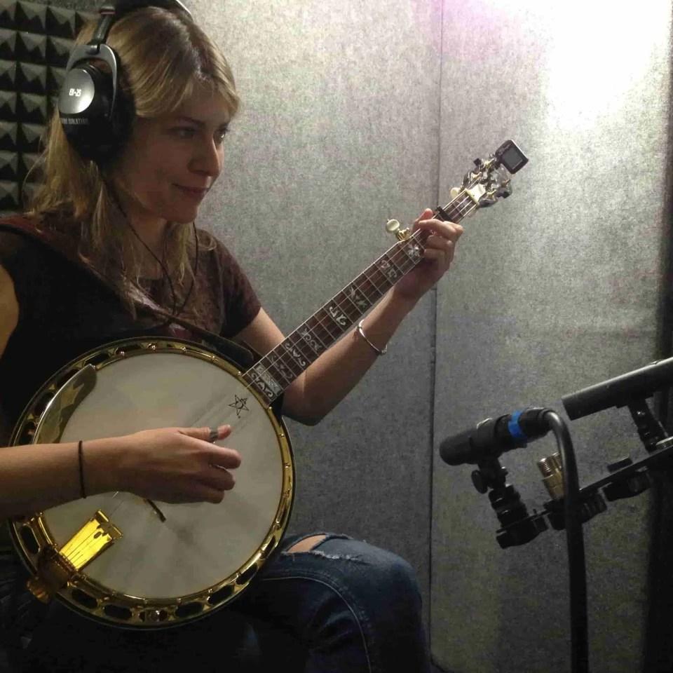 Banjo-min