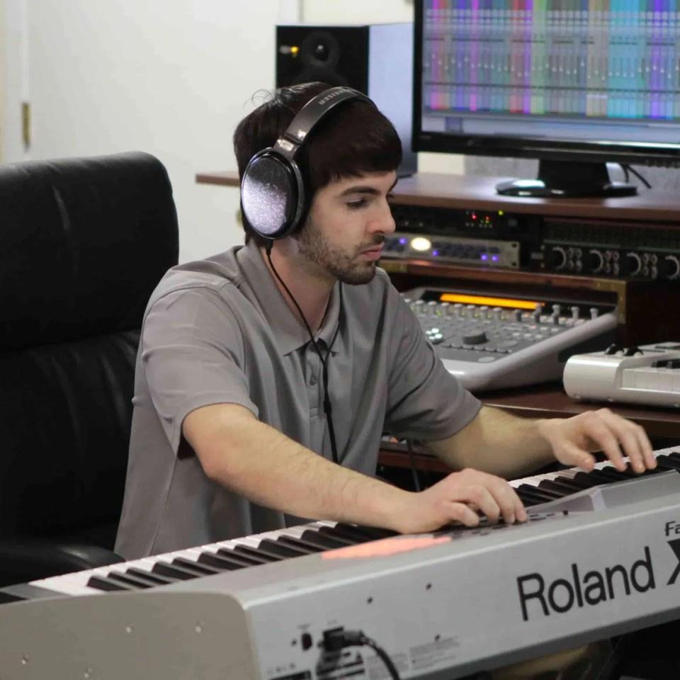 Lou Pic Nolan on Keyboard copy-min