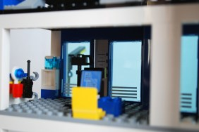 LEGO 60047 - Criminal booking room