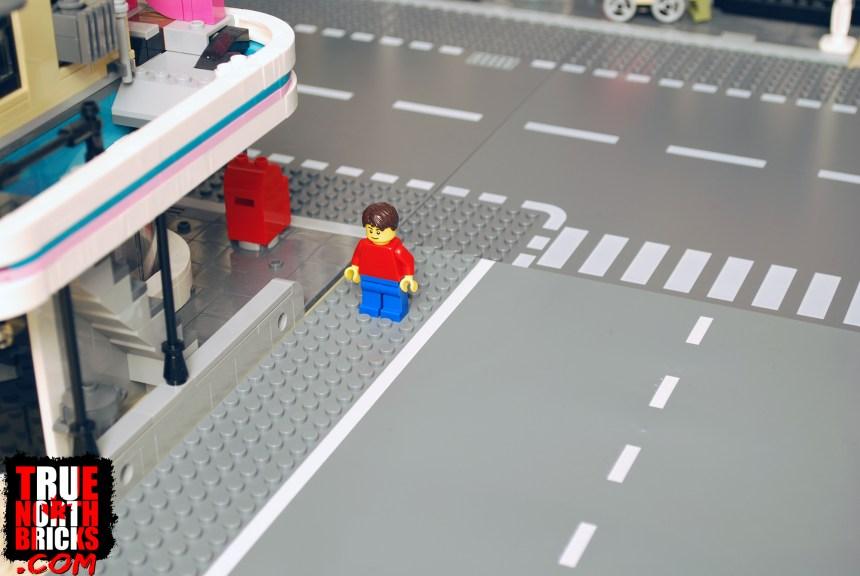 Block Tech street is wider than a LEGO Street.