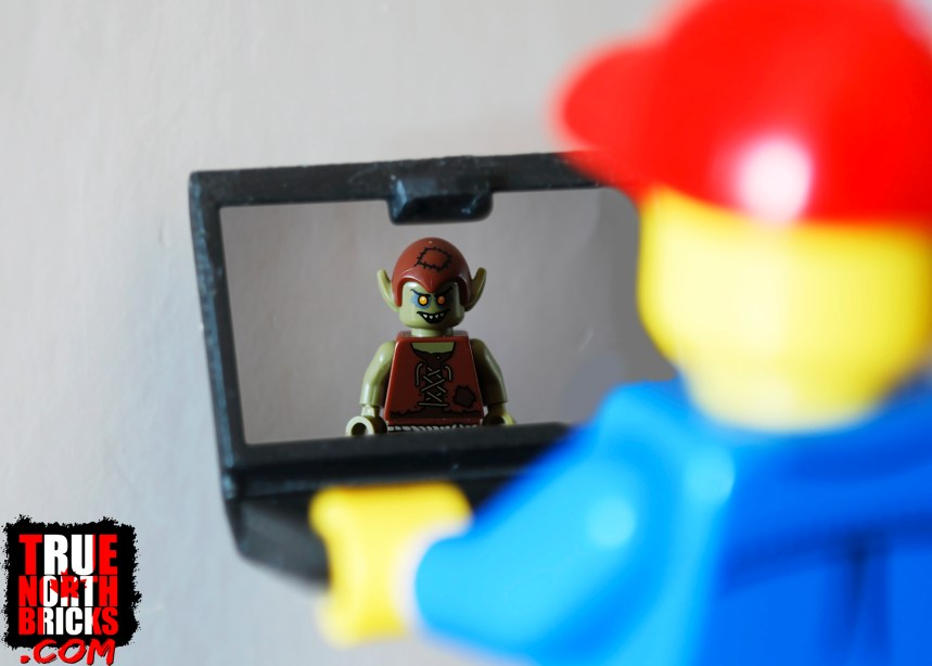 Minifigure Monday: Are you really being rude?
