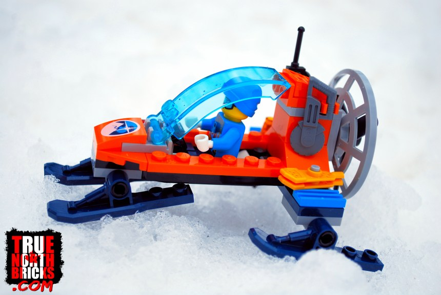 Arctic Ice Glider (60190) side view.