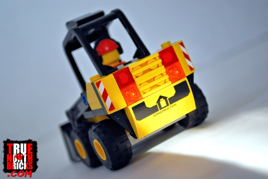 Construction Loader (60219) rear view.