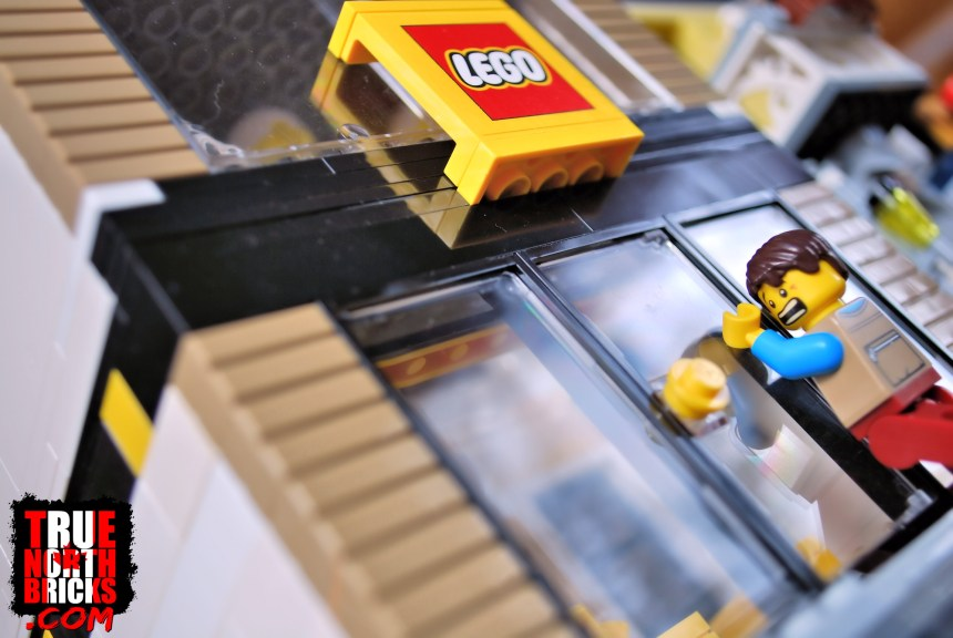 LEGO Stores closed amid the COVID-19 pandemic.