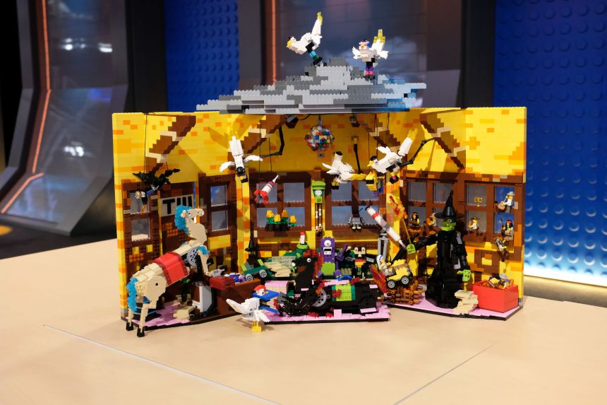 Aaron and Christian's chaotic Storybook (LEGO® Masters).