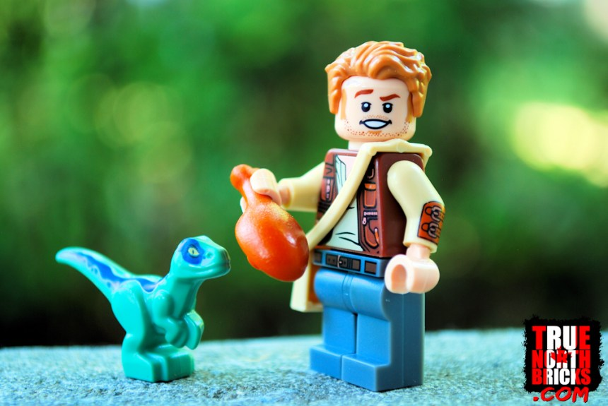 Jurassic July haul: Owen Grady Minifigure showing arm printing.