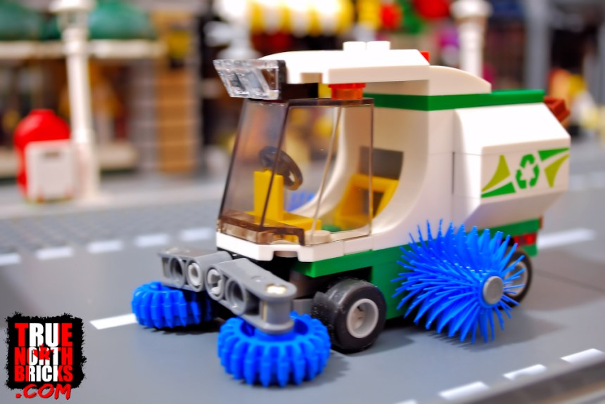 Street Sweeper (60249) side view