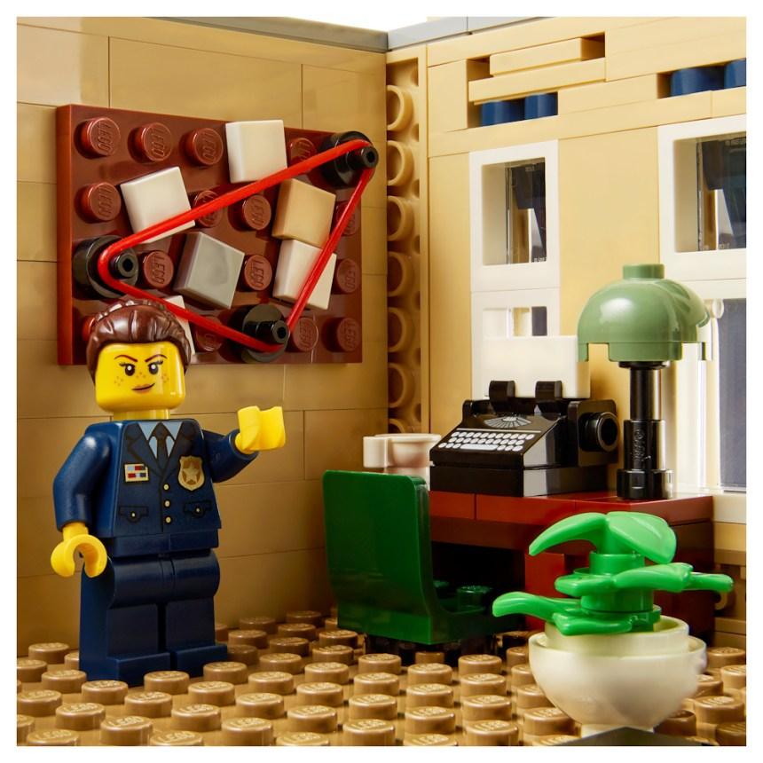 Police Station (10278) evidence board.