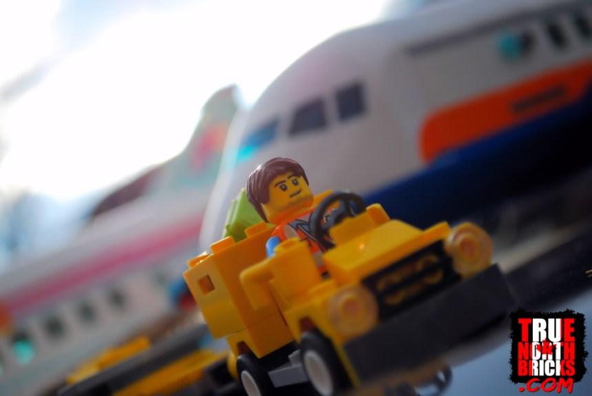 A plane comparison of the LEGO Passenger Airplane VS Heartlake City Airplane.