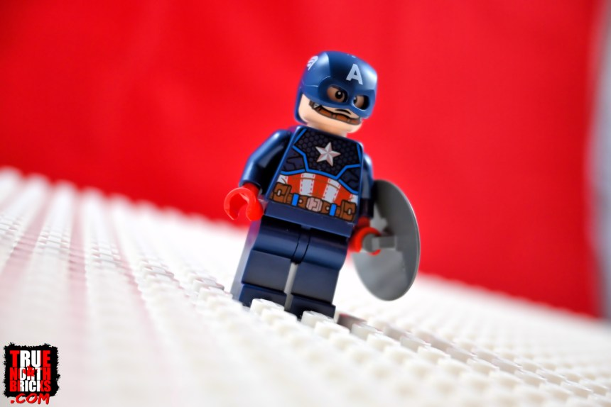Captain America Minifigure front view