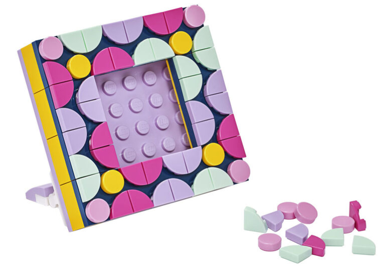 April 2021 Store Calendar Dots picture frame promotion.