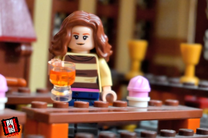 Hermione from the second wave of Harry Potter collectible Minifigures.