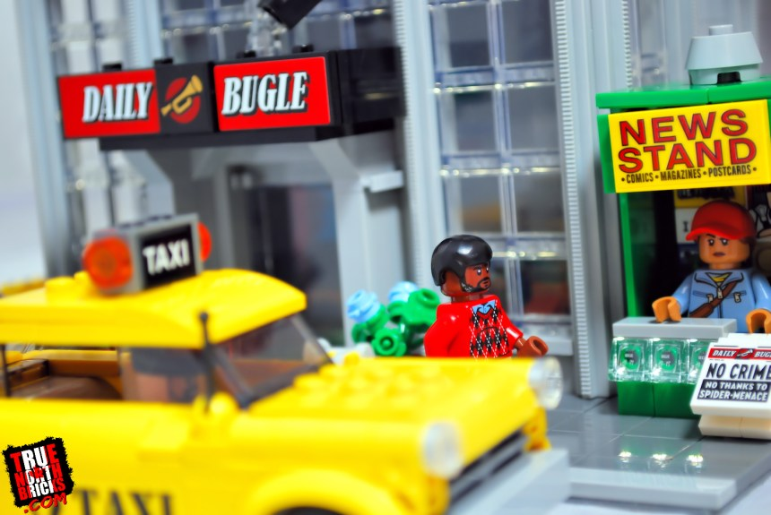 Daily Bugle (76178) entrance