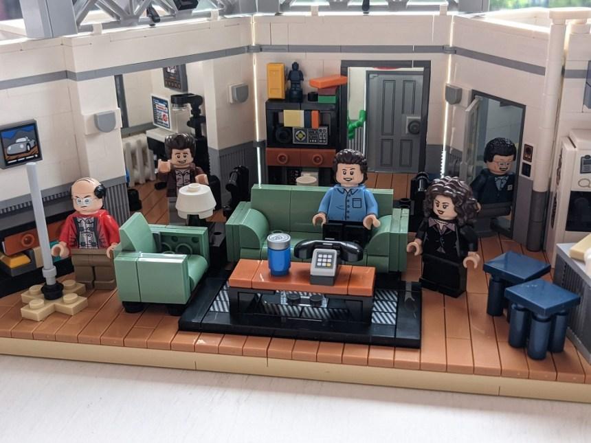 LEGO® Ideas Seinfeld (21328)