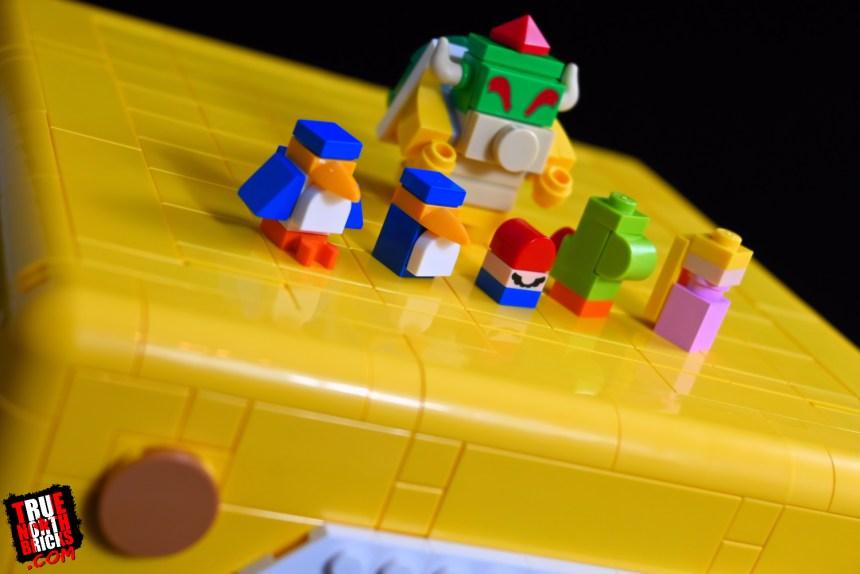 "Super Mario 64 ""?"" Block mini character builds."