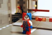 LEGO Harley Quinn, alternate face.
