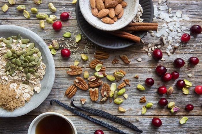 Ingredients in Go Nuts Granola by True North Granola