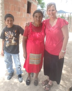 We gave Pastor Reynaldo's Mother a donated homemade apron.