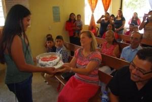 The church gave Tonyia a cake.