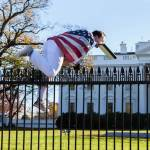 DC judge rules that jumping the White House fence does not count as free speech