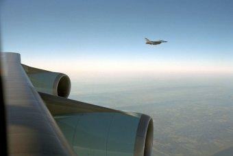 an-f-16-escorts-air-force-one