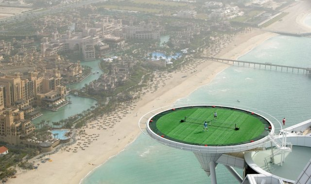 one-of-the-hotels-main-features-is-its-heliport-it-can-be-converted-into-a-tennis-court-that-hanging-650-feet-up-is-the-highest-suspended-tennis-court-in-the-world