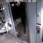 Video — Christmas in de Blasio's New York: Thieves Steal 'Millions' in Furs from Madison Avenue Luxury Store