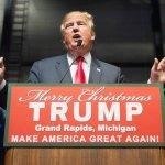"""Lewandowski Assures Americans That Under Trump Presidency, Saying """"Merry Christmas"""" Is OK"""