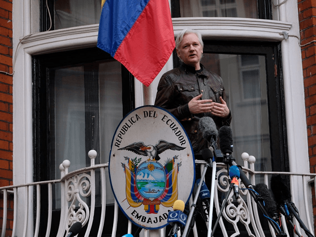 Wikileaks' Julian Assange at Embassy Balcony: 'I Will Not Forgive And Forget', Criticises CIA and European Union
