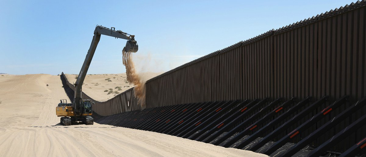Border Patrol Chief Reveals When Border Wall Construction Will Begin